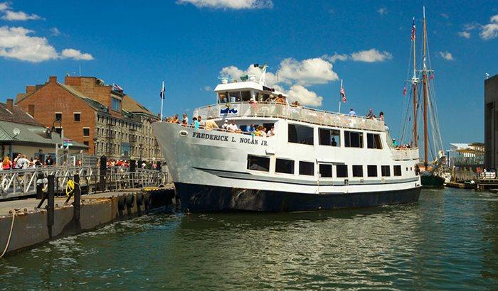 Boston Harbor Sightseeing Cruise