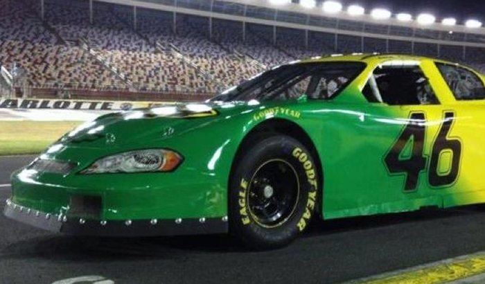 Super Speedway Stockcar Driving