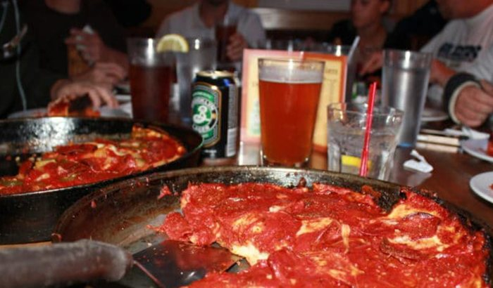 Chicago Pizza and Cocktails Tour
