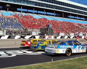 Texas motor speedway nascar driving xperience days for Texas motor speedway driving experience