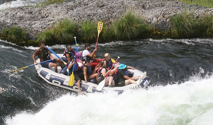 Deschutes River Whitewater Rafting: Half Day