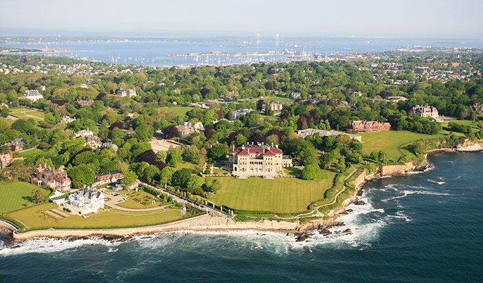 Sightseeing Helicopter Tour of Newport