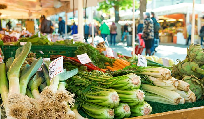 Farmers Market Tour and Culinary Class