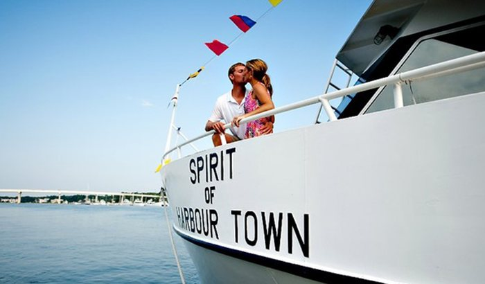Scenic Cruise To Historic Savannah