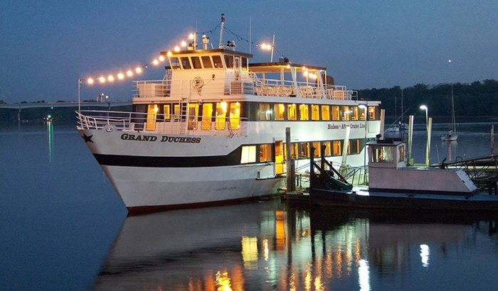 St Croix River Comedy Dinner Cruise
